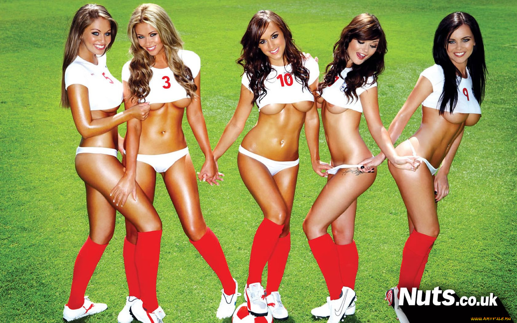 porno-amerikanskiy-futbol-devushki